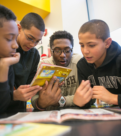 Lehigh tutor working with South Bethlehem schoolchildren