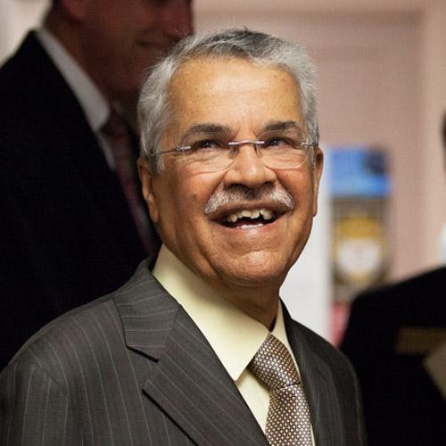 Ali bin Ibrahim Al-Naimi '62