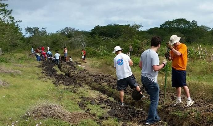 Members Of Lehigh S Chapter Engineers Without Borders Ewb Help Residents Cebadilla