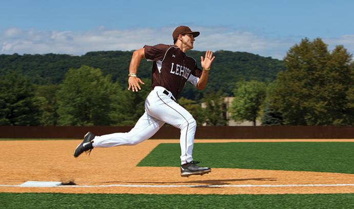 Mike Garzillo '16 running bases