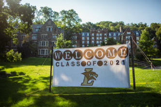 Lehigh University's Class of 2021 move-in day welcome sign