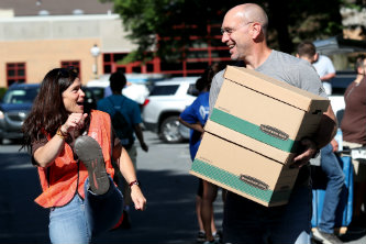 About 300 faculty and staff members volunteered to aid the Class of 2022 on Move-In Day.