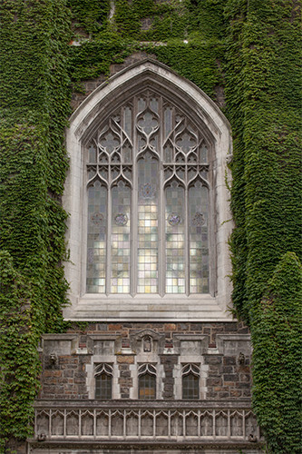 Alumni Memorial building window