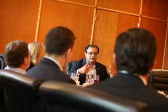 Sanjay Shah meets with Lehigh faculty and students to share advice.
