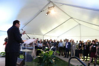 Sanjay Shah speaks at a ceremony marking his $5 million gift to Lehigh University.