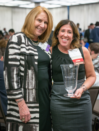 Susan Royal (left), daughter of Dexter F. Baker and trustee of The Dexter F. and Dorothy H. Baker Foundation, congratulates Alita Friedman '87 '17P '19P, winner of the 2015 Farrington Award for Outstanding Commitment to Entrepreneurship at Lehigh