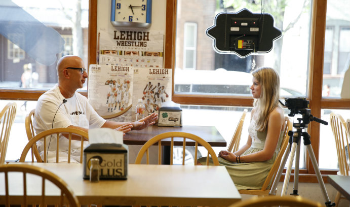 Meg Kelly '17 interviews Tony Silvoy, owner of local favorite The Goose.