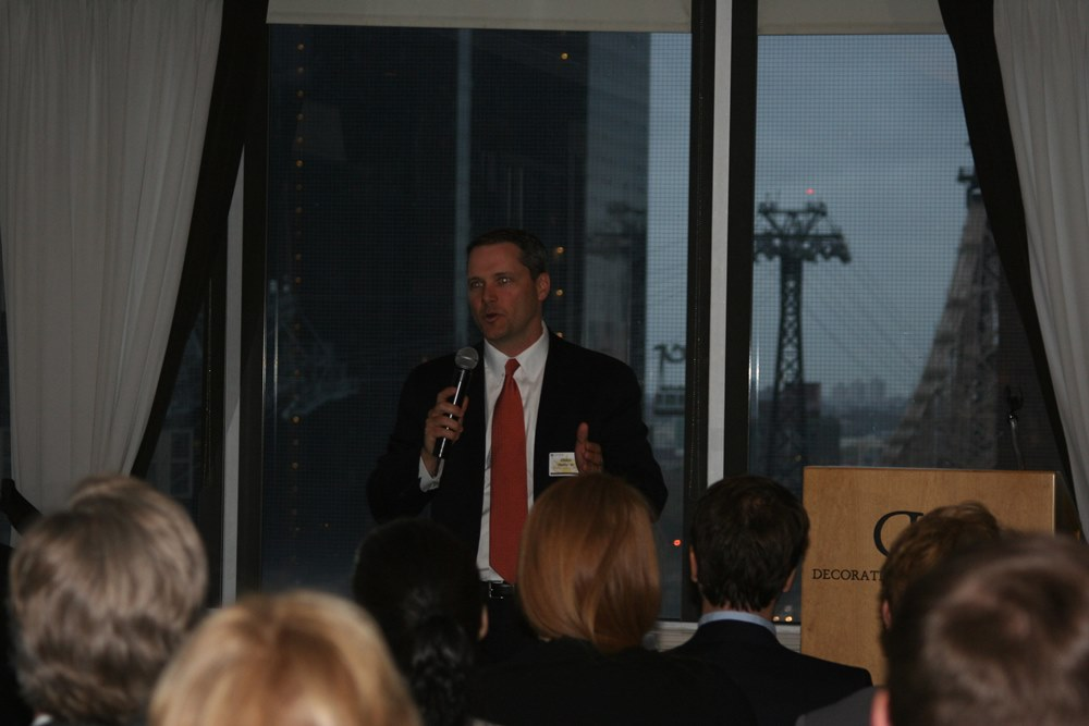 JPMorgan Chase CIO Craig Delany '93 addresses alumni group
