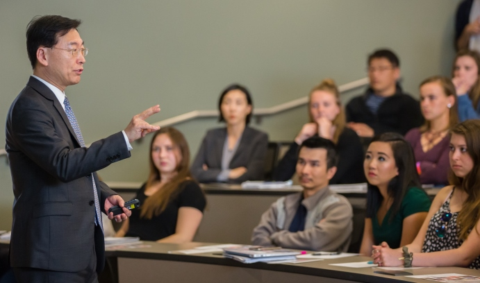 """Only the """"determination of the international community"""" can dissuade North Korea from developing nuclear weapons, Hahn Choonghee, South Korea's ambassador to the United Nations, told students on Tuesday, April 18. (Photo by Christa Neu)"""