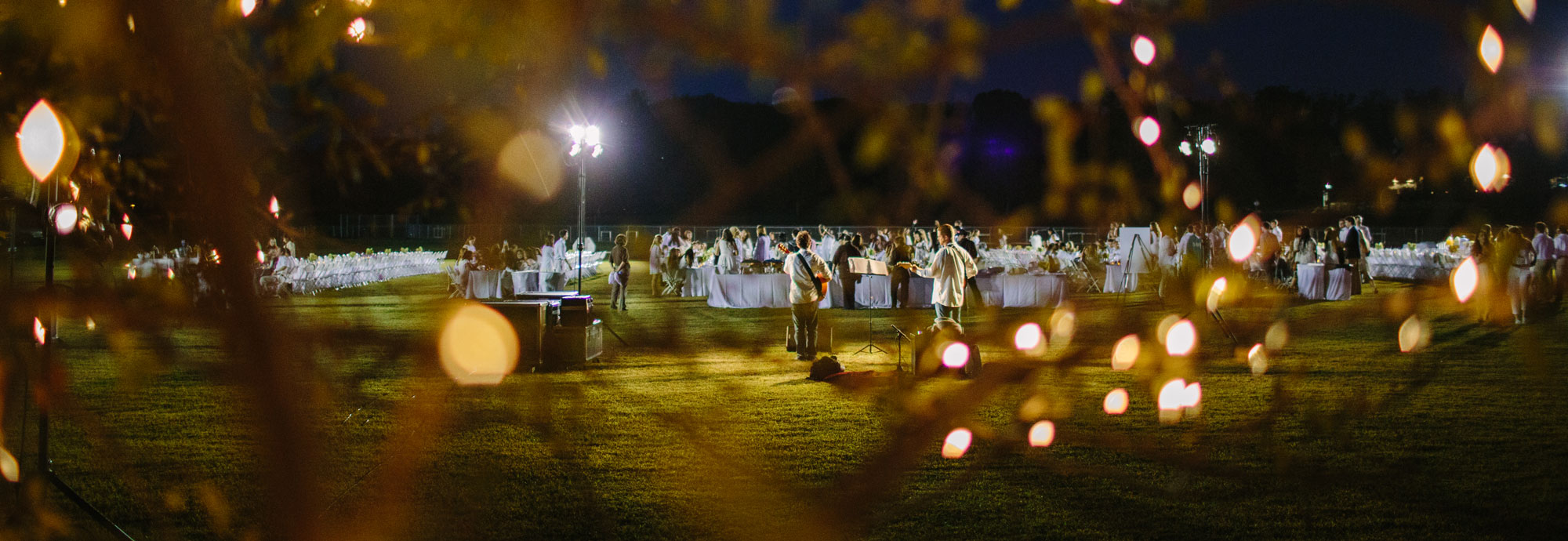 Students at the Lehigh after Dark Diner en Blanc event